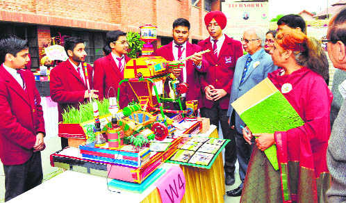 150 students take part in science exhibition