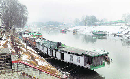 Rivers up for grabs, govt remains insensitive