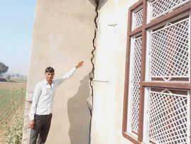 Mine blasts trigger panic among M'garh villagers