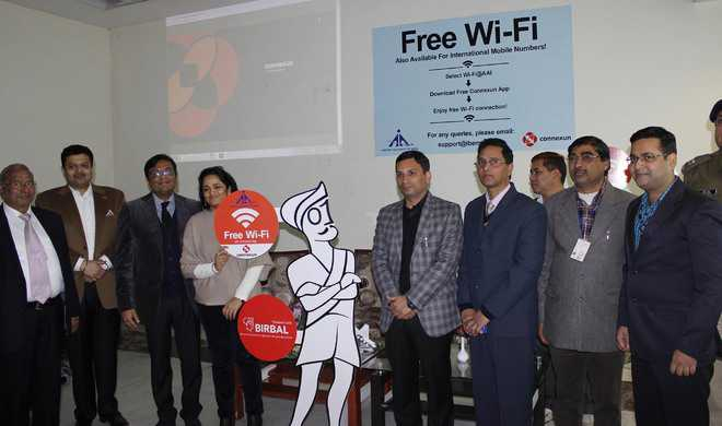 30-minute Wi-Fi service introduced at city airport