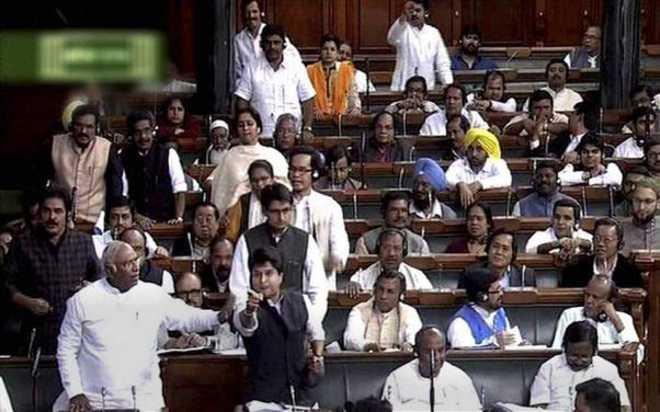 With nine amendments,  land Bill clears LS hurdle