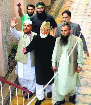 Geelani, Masarat hold anti- India rally