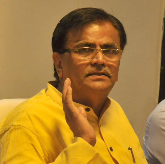 Disapproving BJP distances itself from Dhankar's views