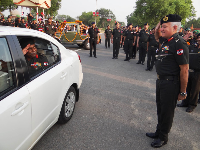 Lt Gen Soni takes command of Chetak Corps