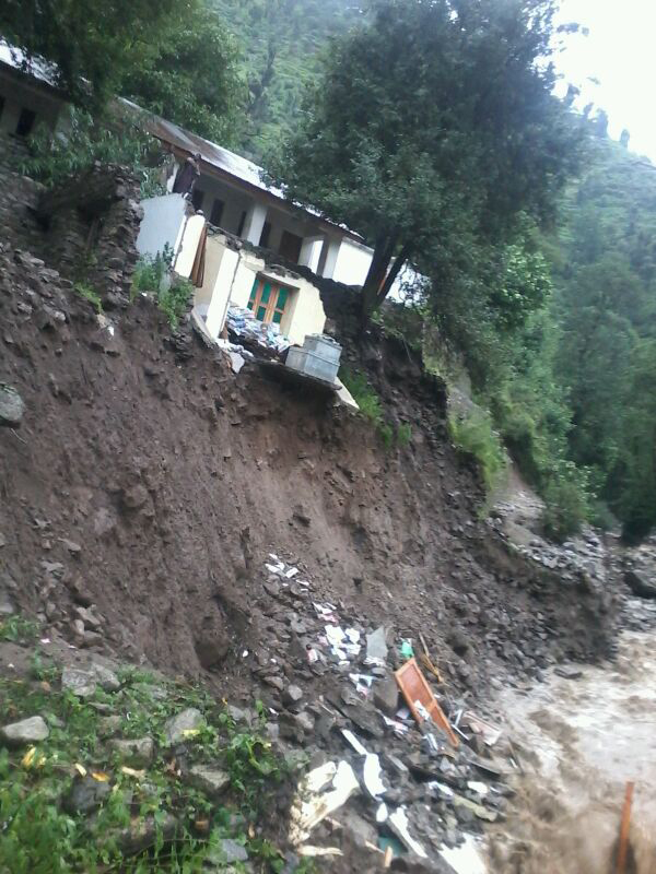 Cloudburst-hit areas in Ramban cut off for 4th day