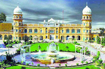 Pak Sikhs leaving abroad must inform PSGPC