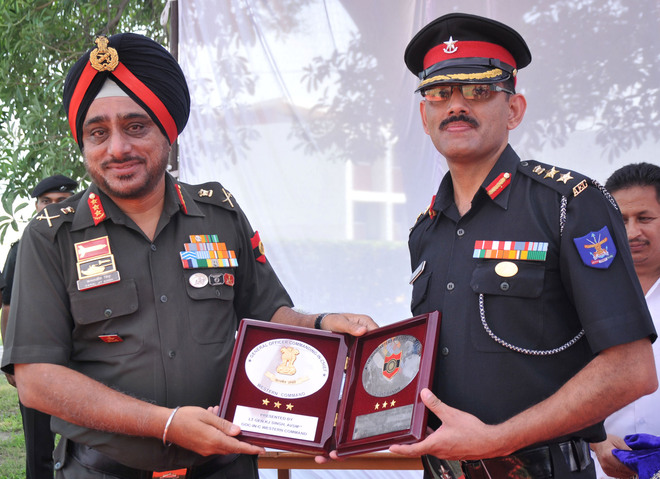 Western Command GOC asks cadets to aim for NDA