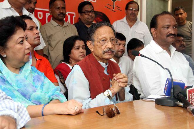 Infighting in Cabinet delaying sainik school project: MP