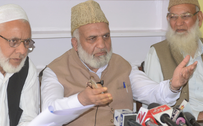 Jamaat-e-Islami has no link with militancy, says Bhat