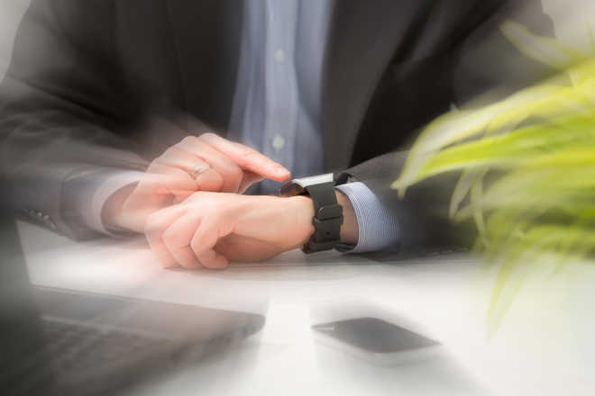 Watch out for hackers! Your smartwatch can expose you