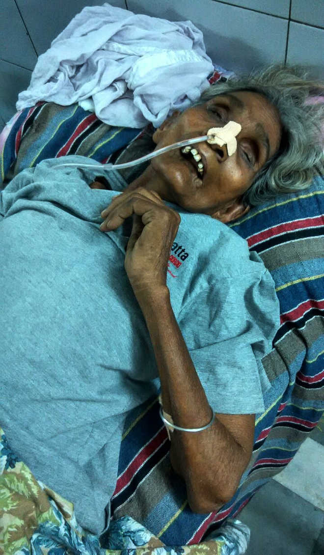 Attacked last month for seeking shamlat land, Dalit woman dies