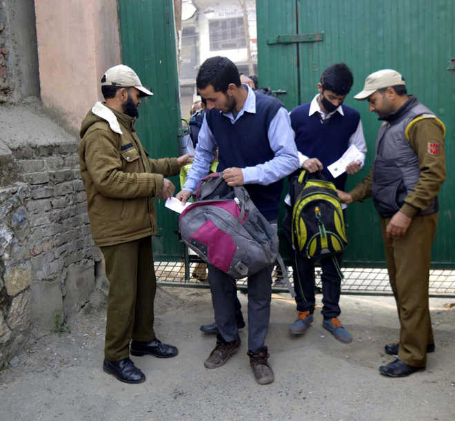 Kashmir students to sit for secondary school exams amid tight security
