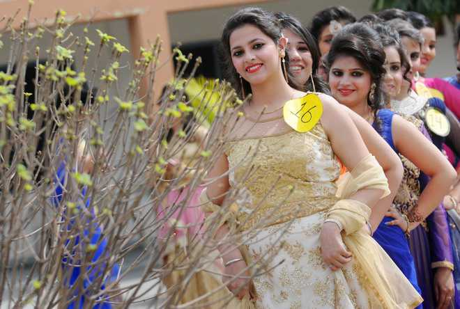 Farewell parties fare well in city colleges