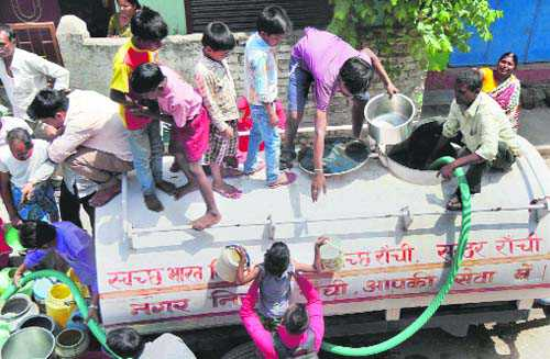 Where is the need to politicise water issues?
