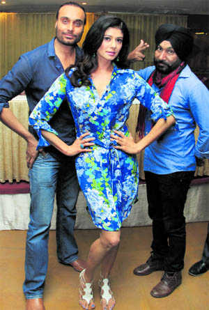 'Killer Punjabi' star cast comes calling