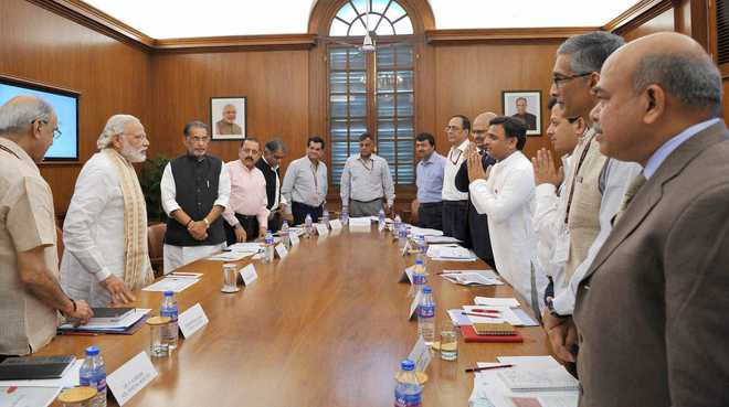 Evolve long-term plans to tackle drought: PM