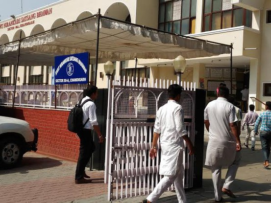 Nirankari spiritual head dies in road accident