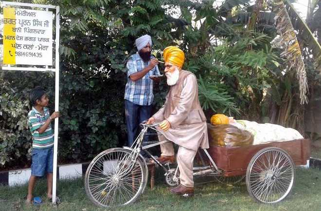 Statue of Bhagat Puran Singh installed at Desh Bhagat Park