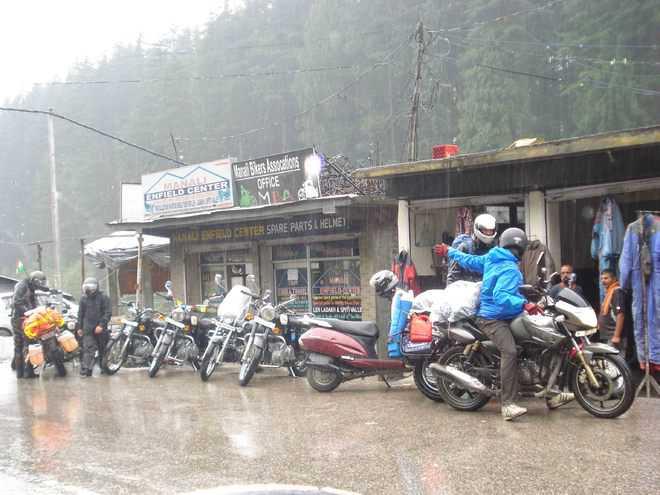 Permits for Lahaul-Spiti & Leh-Ladakh on Sunday also