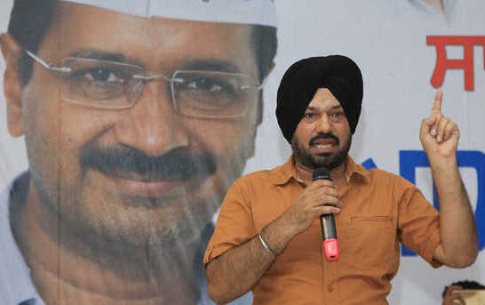 AAP appoints Gurpreet Ghuggi as Punjab convener