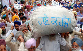 Despite police crackdown, farmers set to launch stir today
