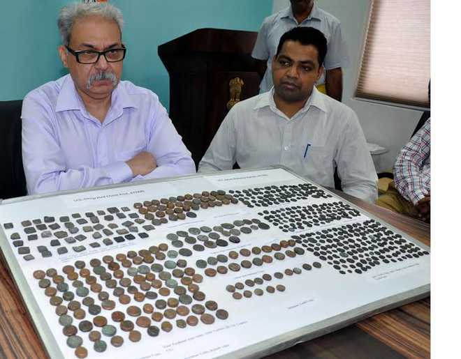 500 seized coins date back to ancient times: Customs dept