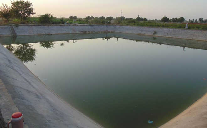 Water schemes worth crores await Centre's nod