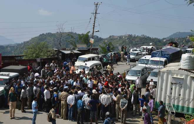 No end to water crisis in Shimla, power outages to blame this time