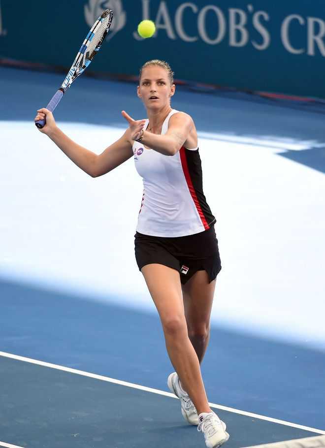 Pliskova breezes into Round 2