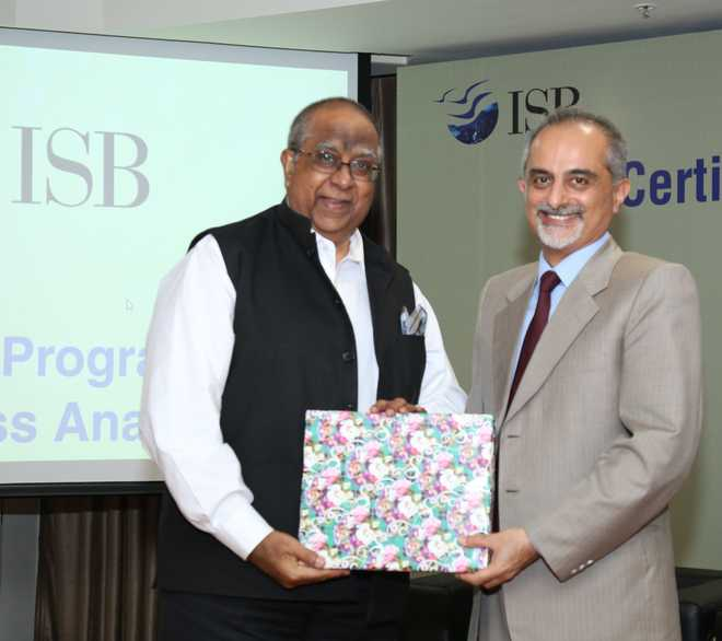 ISB starts course in business analytics