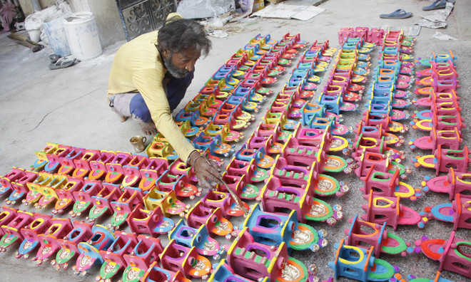 No bursting of firecrackers after 10 pm on Diwali