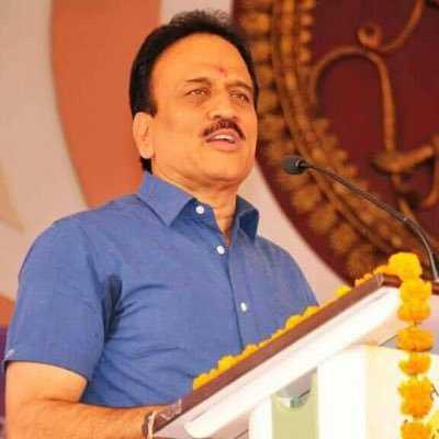Maharashtra minister suggests women's names for booze; draws flak