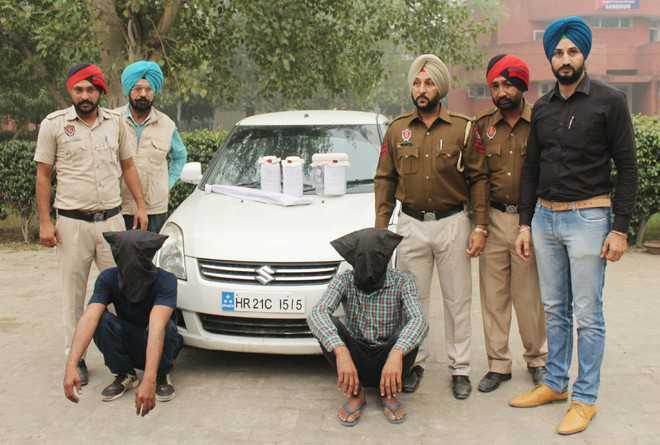 Three gangsters open fire on police, arrested
