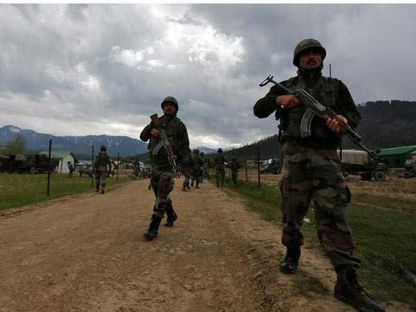Punjab soldier, militant  killed in  Valley encounter