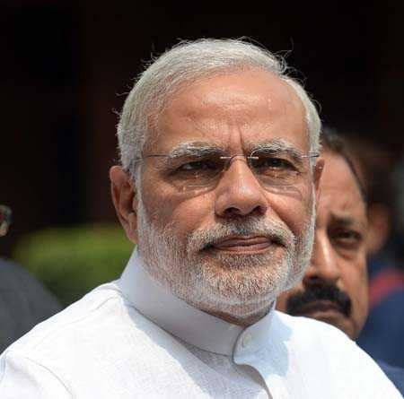 PM invokes Gujarati pride, 'reply via votes'