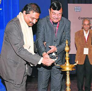 Indian Science Communication Congress begins at IIMC