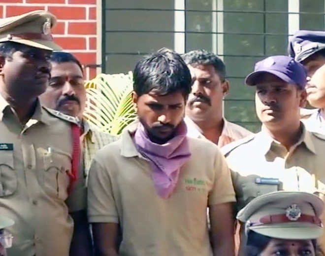 Woman set on fire by jilted lover in Secunderabad, dies