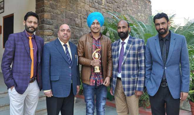 City singer wins Voice of Punjab