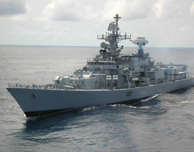 India, China warships thwart pirate attack off Aden coast