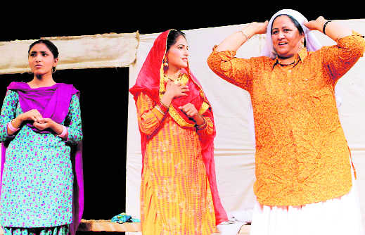 Cultural fest at Government Mohindra College