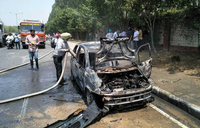 Car catches fire in Mohali