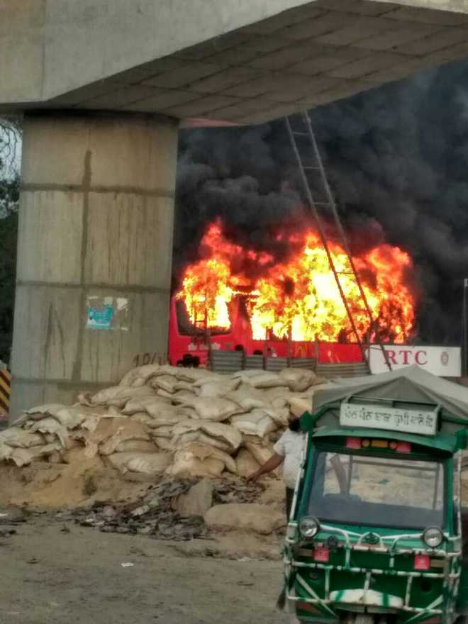 Three dead, 23 injured as bus catches catches fire in Rampura