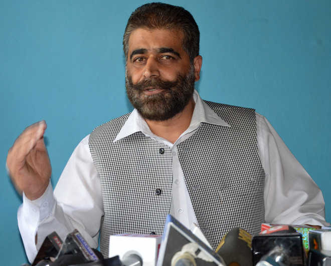 Sting operation: Geelani suspends Nayeem Khan's National Front
