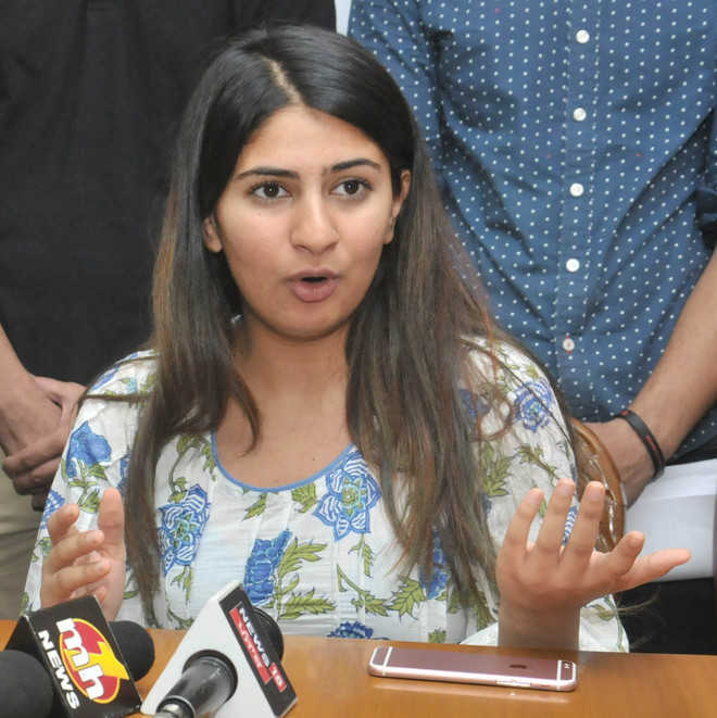 Gurmehar joins drive on freedom of expression