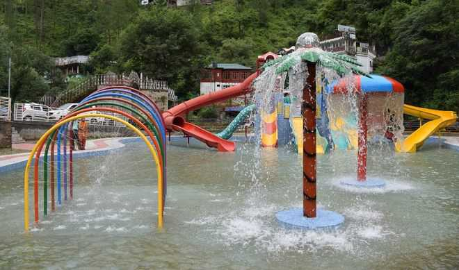 CM inaugurates water park at Sadhupul