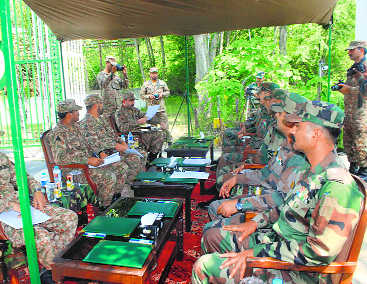 Flag meet held to defuse LoC tension at Chakan da Bagh