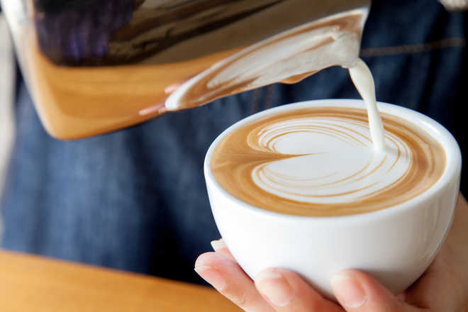 Cut down coffee consumption to lose weight: Study