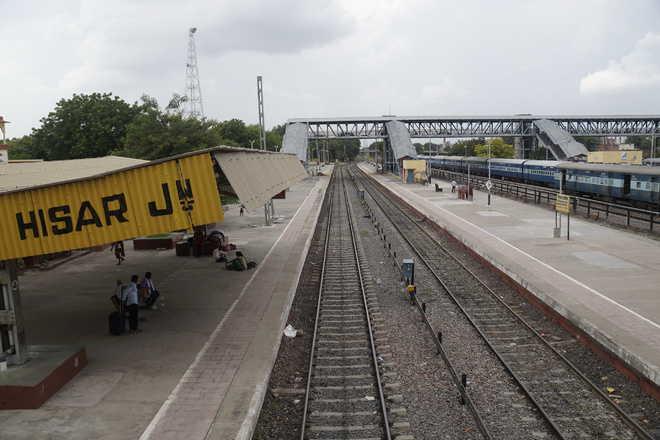 10 days on, Hisar-Bathinda service not on full steam