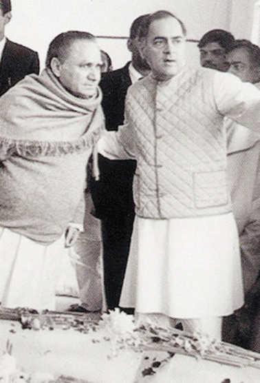 Gandhis' 'Chanakya'