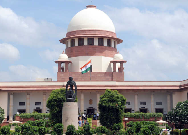 Allow freedom of expression by journalists: SC to politician's daughter